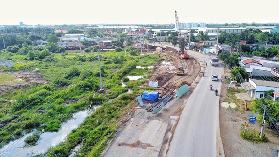 Hệ thống hạ tầng giao thông tại Long An đã thay đổi như thế nào từ năm 2013 9