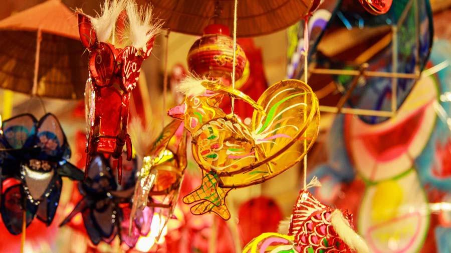 Phố lồng đèn Sài Gòn nhộp nhịp mùa trung thu, thu hút ngàn lượt du khách mỗi ngày 10