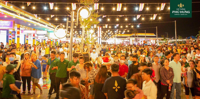Khu Kinh Tế Đêm Phú Thiên Kim rất đông khách