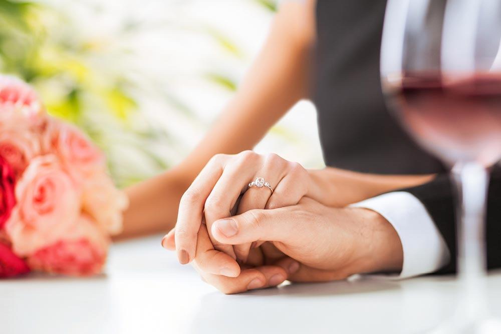 """Chương trình kỷ niệm ngày cưới dành cho khách hàng từ Thẻ VIP """"CAO CẤP"""" trở lên 2"""